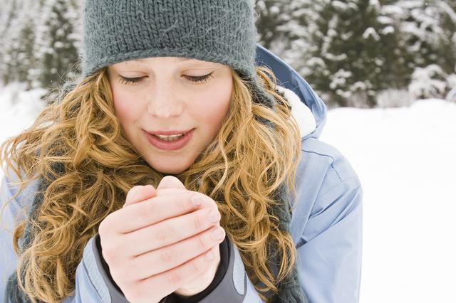 画像: 若い女性に多い「末端冷え性」とは