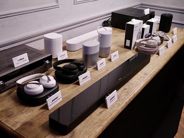 画像: 各社のAlexa搭載・対応製品を展示。