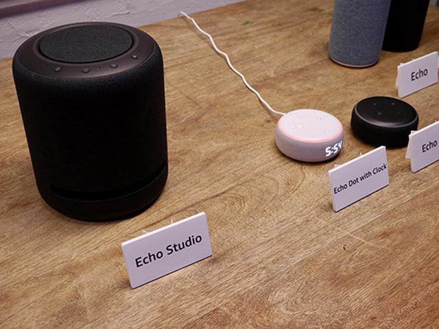 画像: Echo Studioを始めとしてEchoシリーズ各製品を展示し、実際に生活における活用方法を紹介。