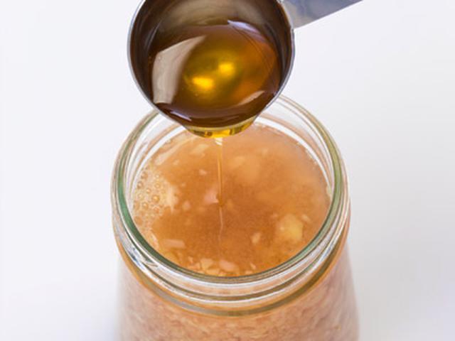 画像5: 冷えが原因の頻尿対策に「酢生姜」がおすすめ!根菜やネギ類と食べると血流がアップ