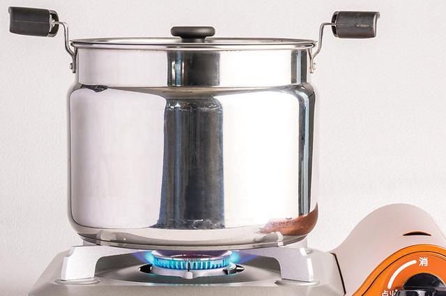 画像4: 作り方は7つの野菜を水だけでコトコト煮るだけ
