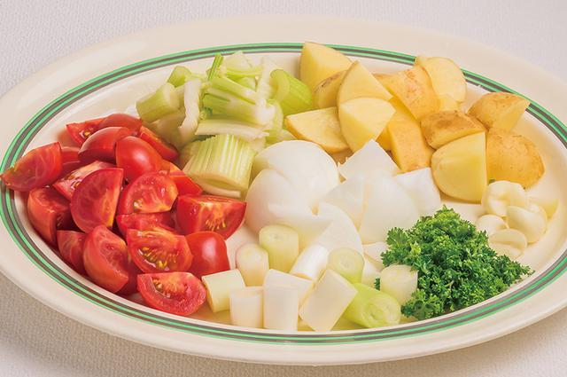 画像2: 作り方は7つの野菜を水だけでコトコト煮るだけ