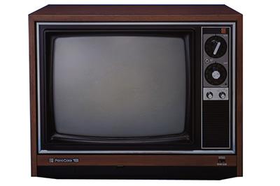 画像: 1974年に大幅な省エネ化に成功した「クイントリックス」発売。坊屋三郎氏を起用したTVCMも話題となった。累計販売台数140万台を記録する大ヒット商品「ナショナル18形 TH18-E25」 panasonic.jp