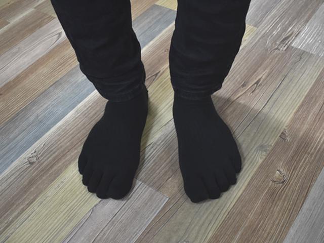 画像1: 足のサイズが26cmの私にはピッタリ