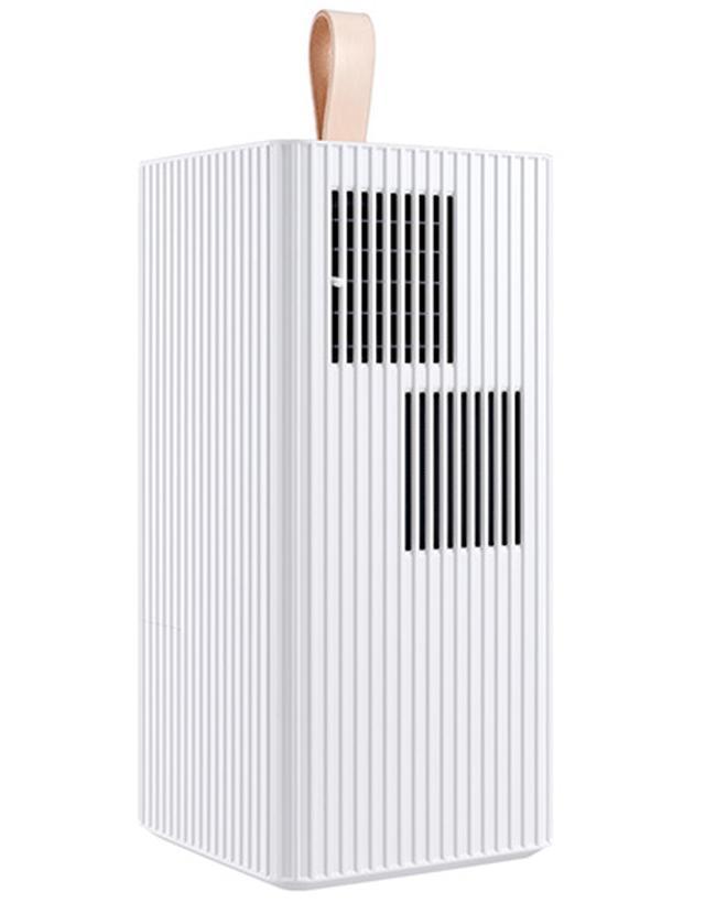 画像: 重量約6キロと軽量で、通常はエアコンの設置が難しいキッチンや洗面所、ガレージなどに持ち運んで使用可能。周囲の温度より7℃低い吹き出し温度を実現している。本体サイズは幅190ミリ×高さ400ミリ×奥行き190ミリ。