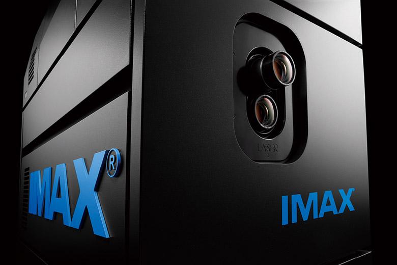 Imaxレーザーとは 映像は抜群の明るさ 3d作品では専用メガネで鑑賞する 特選街web