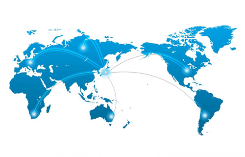 画像: 118か国の講師陣によるハイレベルな講義