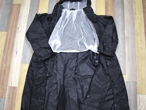 画像5: 「W7610 BAG in 透湿レインコート」の特徴