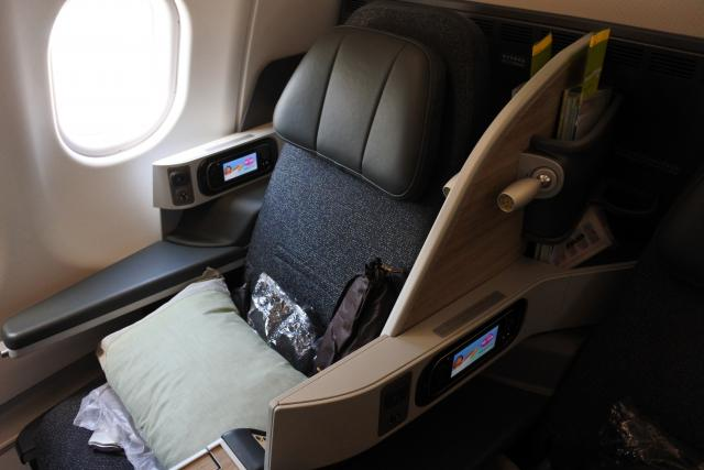 画像: シートと機内食のグレードが高い