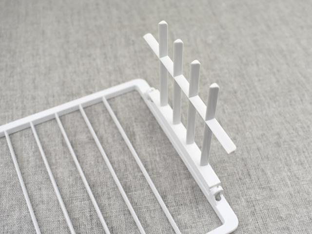 画像: ミニプレートは折り畳み可能