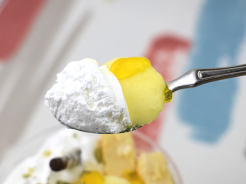 画像: クリームは甘さ控えめで上品な味わい。