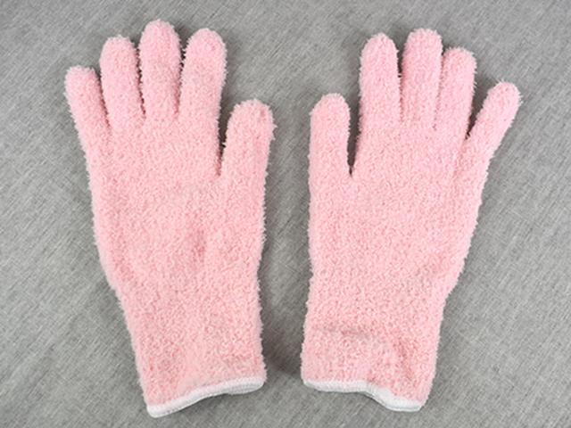 画像: 約25(全長)×9cm(甲幅)のマイクロファイバー手袋