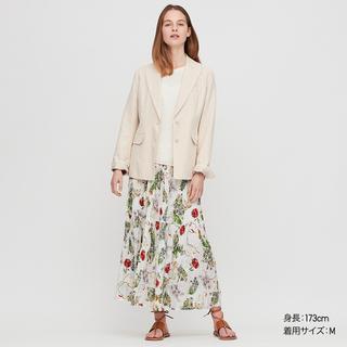 画像: 【ユニクロ】イネスのロングスカートが「ゆるフワ」エレガント!想像以上に使える春夏アイテム