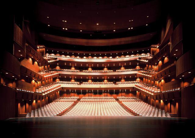 画像: オペラの懐事情