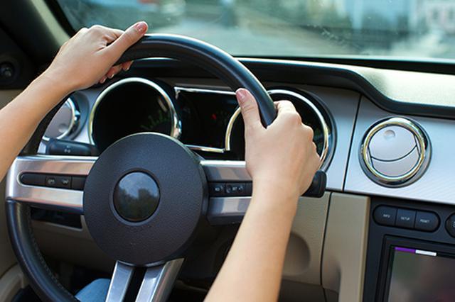 画像: 車の査定は対人から対スマホへ