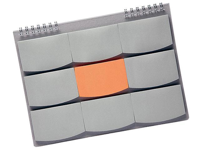画像: 9マスに並べた付箋を使って発想をサポートする新感覚文具。3×3のマス目が発想のポイント。