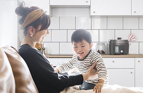画像: 目を離せるから家族との時間も増える! www.irisplaza.co.jp