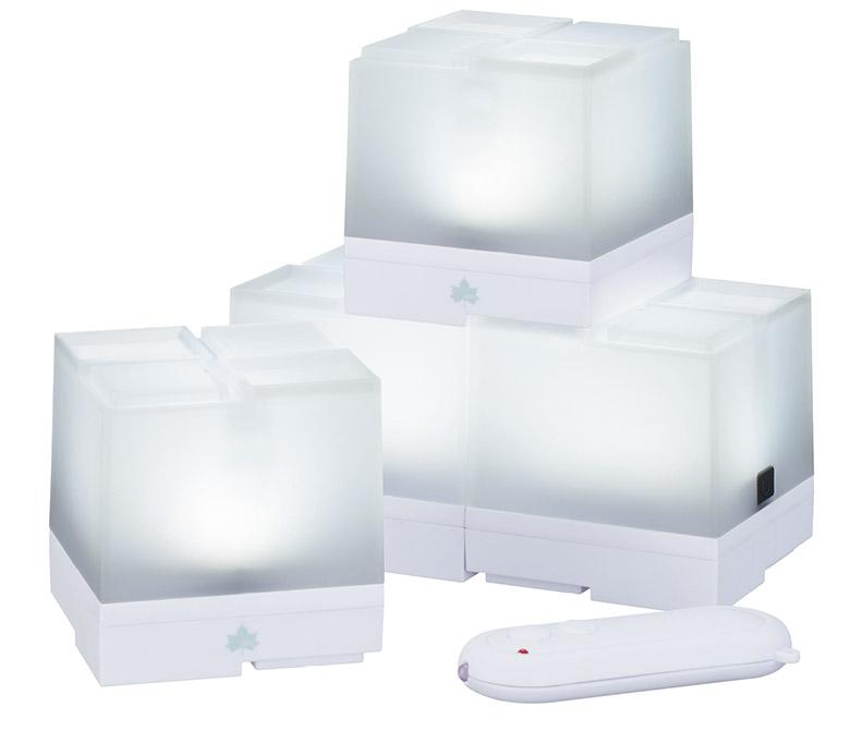画像: キャンプサイトの各所を効率よく照らす分離型の小型LEDライト