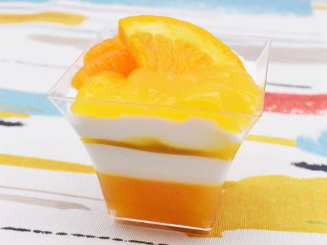画像1: 甘酸っぱいゼリーとムースの層がおいしい!