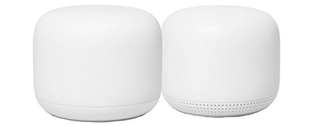 画像: 5Gヘルツ帯で4×4のWi-Fi 5(11ac)に対応したWi-Fiルーター(親機)と、専用拡張ポイント(中継機)1台をセットにした製品。拡張ポイントは、Googleアシスタントのスマートスピーカー機能も搭載している。