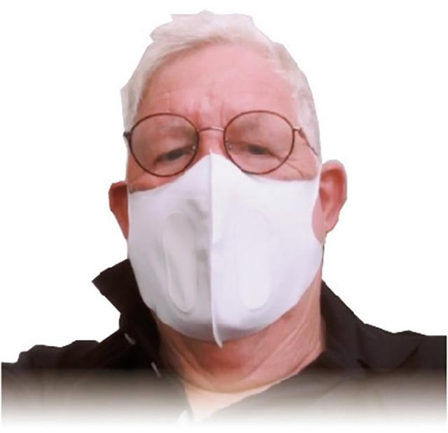 画像: 鼻が高い人や呼吸のしやすいサイズを求める人にも人気