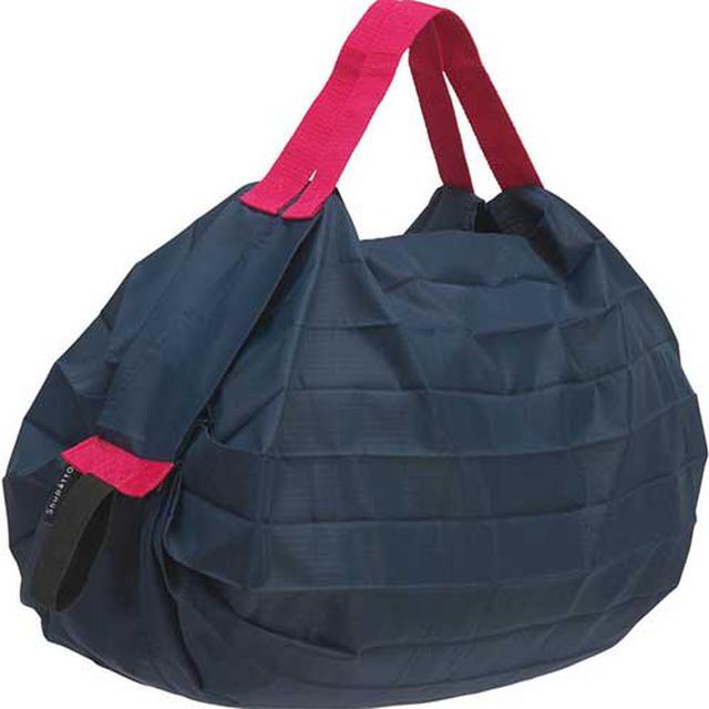 画像: くるっと丸めてコンパクトに運べる人気の「マーナ」のエコバッグ www.amazon.co.jp
