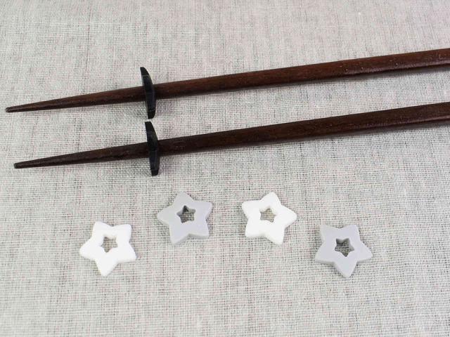 画像: 箸の先端を浮かせて清潔さをキープ!「シリコーン菜箸スタンド 星6P」