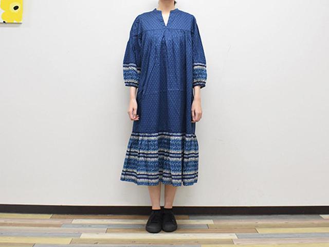 画像: 華やかなボヘミアン柄の「アナ スイ コットンワンピース(7分袖)」