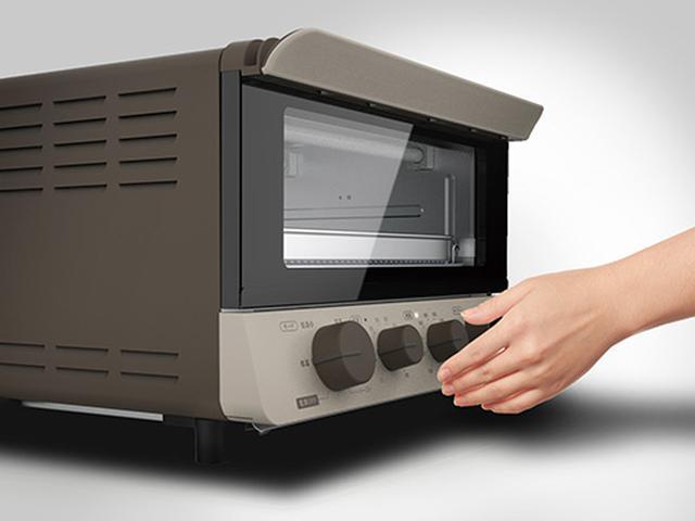 画像: ダイヤル式で、操作が簡単。最長12時間のロングタイマーにより、睡眠中や留守中のほったらかし調理も可能。