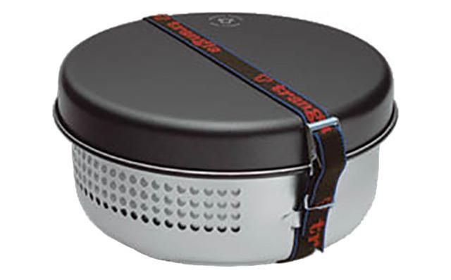 画像: パンやスタンドを重ねてベルトで固定すれば、コンパクトに収納できます。