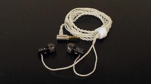 画像: 有線タイプのAZLA AZELLも装着可能。音質も含めて気に入ってふだん使いで愛用中。