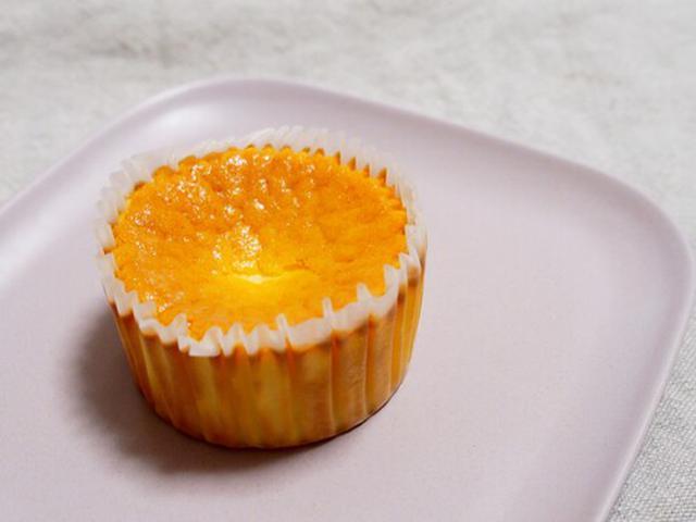 画像: バスクチーズケーキの全体像