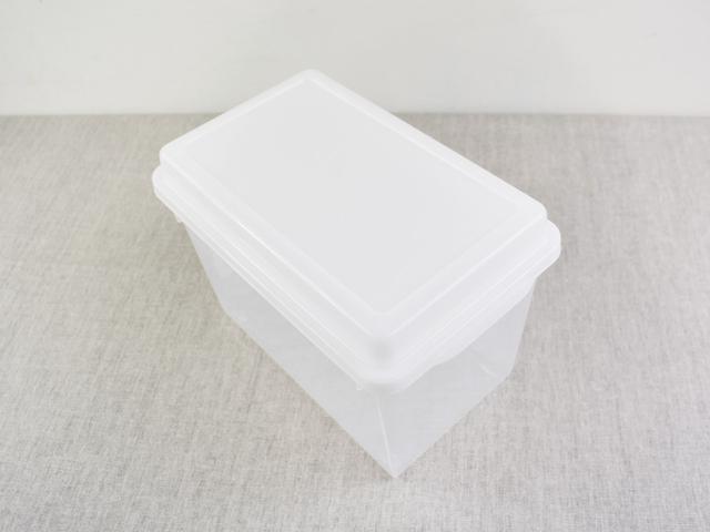 画像: そのまま冷蔵で保存できる「なるほどパック ニューパンケース」