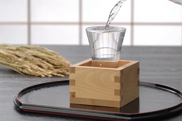 画像: 日本酒×サブスクの「saketaku(サケタク)」とは