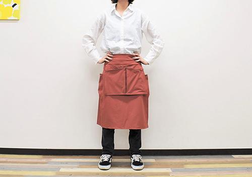 画像: 家の中でも外でも活躍する「撥水ストレージラップスカート」