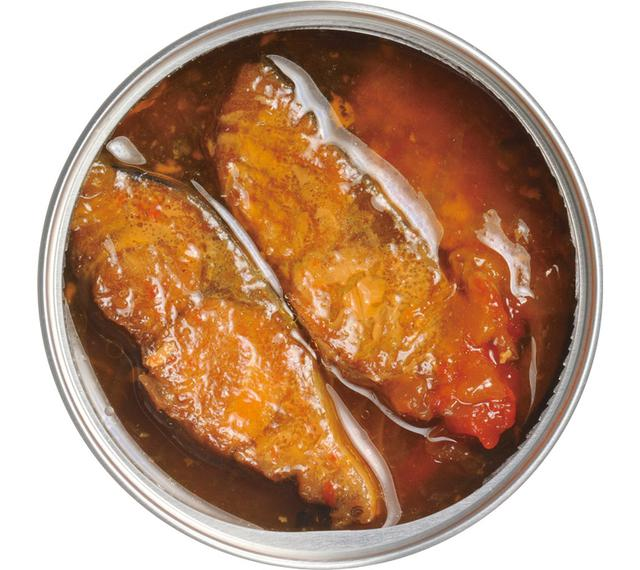 画像: 通常の筒切りタイプではなく、中骨に沿ってカットされている。皿に移したときに、きれいに盛りつけられるんですぞ。