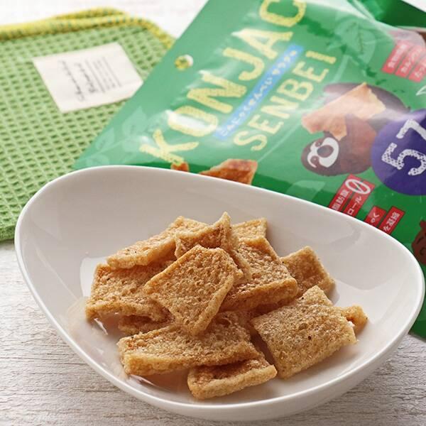 画像: スナック菓子のようなパンチの効いた味とザクザク食感が特徴 www.kaldi.co.jp