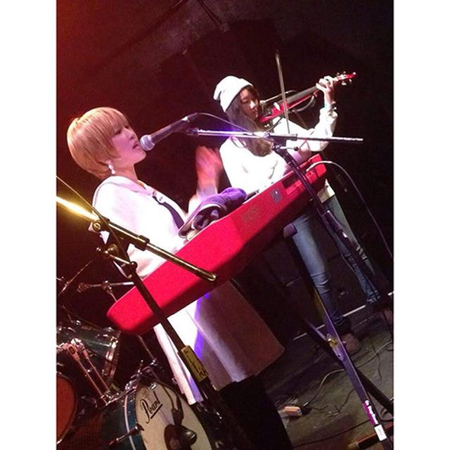 画像: ヤマハのサイレントバイオリンは筆者も愛用。普段の室内練習やバンド活動で大活躍しています。