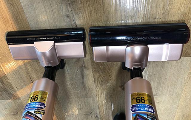 画像: 左が従来モデル、右が新モデル「極細スティッククリーナーモップ・マルチツール付」。ヘッドの大きさが全然違う!