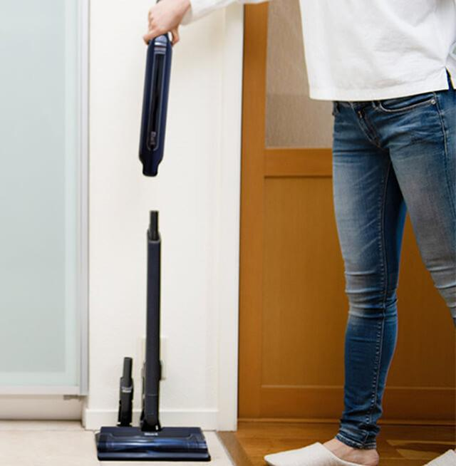 画像: 着脱も片手でらくらく www.yodobashi.com
