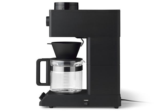 画像: 6カップまで対応する大容量