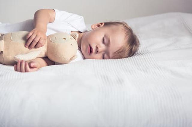 画像: 寝ない子どもの寝かしつけ方とは(写真はイメージ/Adobe stock)