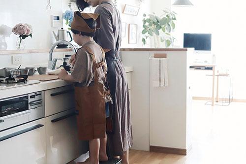 画像: お互いの姿が見えて安心度の高いキッチン