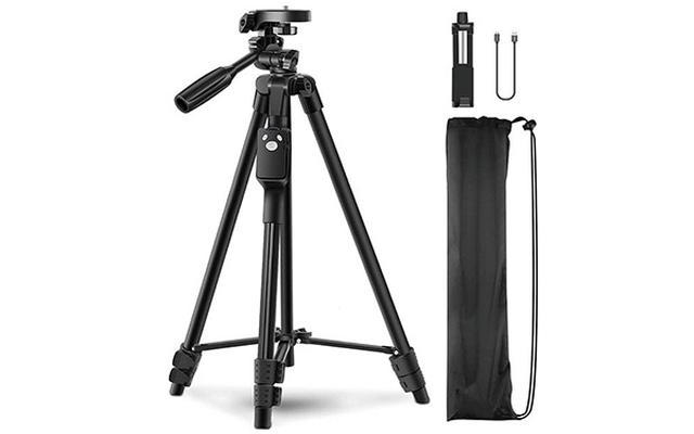 画像: 1.5キロまでのカメラやスマホを設置可能。3ウエイ雲台付き、カメラの向きを360度自由に変えられる。重量は650グラム。