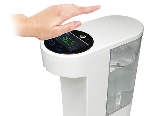 画像: 上のセンサーに手をかざすと、瞬時に体温がデジタル表示されます。反応も抜群。