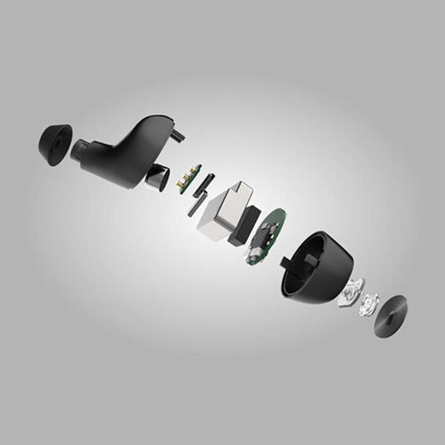 画像: FALCON2の分解イメージ。ハウジングやドライバーは同じだが、システムチップやアンテナ回路などが進化している。