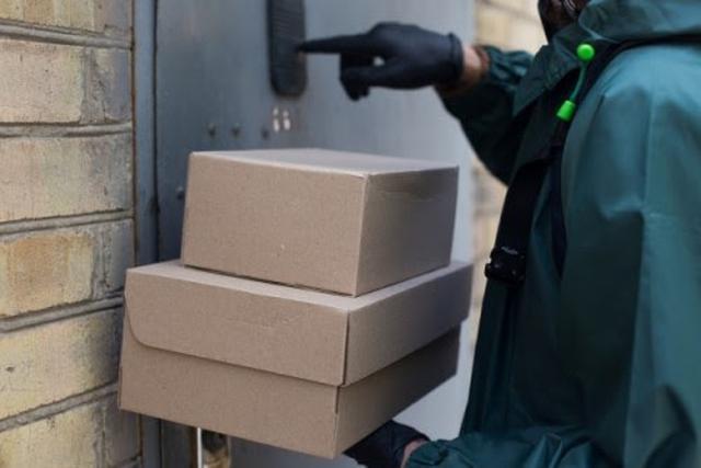 画像: さまざまな商品を自宅まで配送してくれるネットスーパー(写真はイメージ/photoAC)