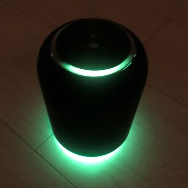 画像: 部屋を暗くすると癒しの効果も得られそうな柔らかい光