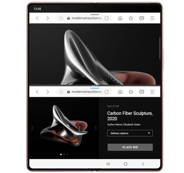 画像: 快適なマルチタスク。カバーディスプレイでは二つのアプリを起動、画面を広げた状態では、三つのアプリを同時に立ち上げて楽しむことが可能。操作性がかなりいい。