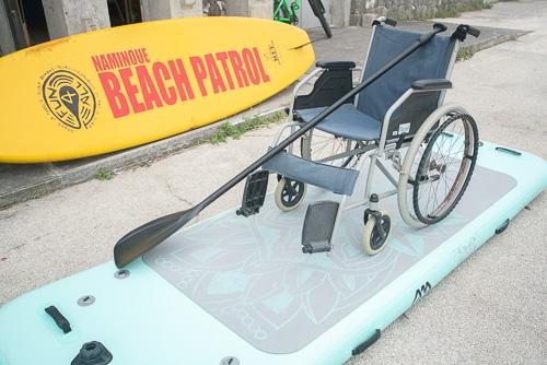 画像: 写真は「車椅子SUP」のイメージです。現在、作業療法士や介護福祉士の方を中心に準備中。